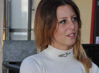 carlotta fedeli pilota auto corsa racing seat
