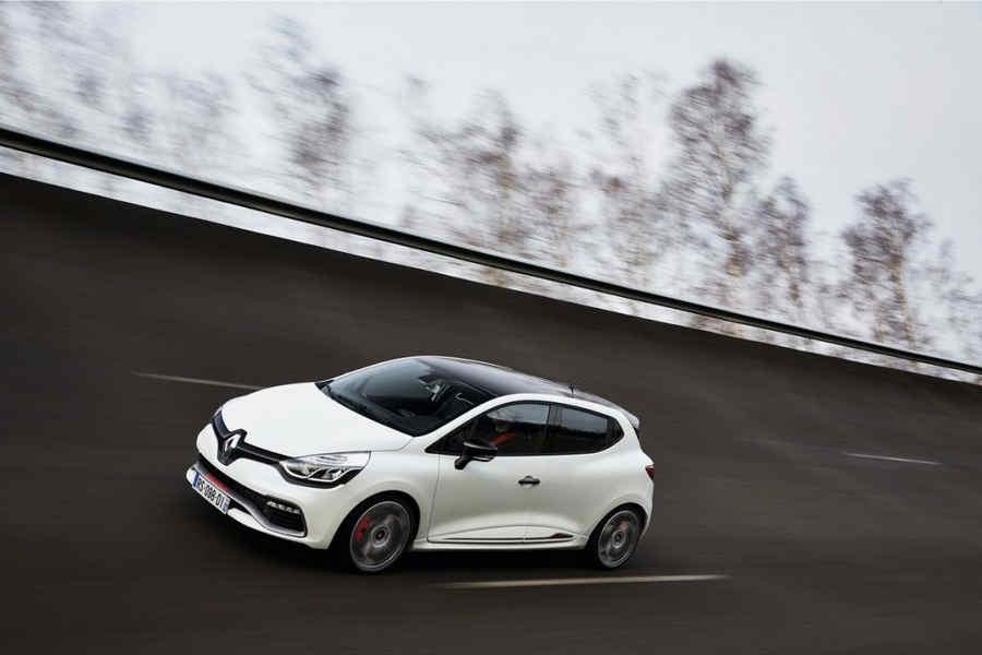 Renault-Clio-RS-220-edc-trophy-serie-limitata-6