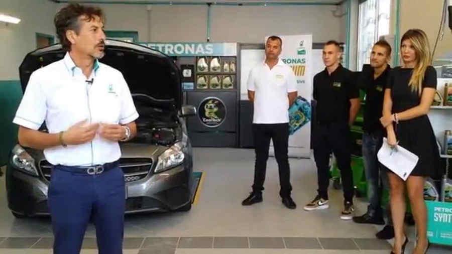 Officina petronas italia inagurazione for Officina moto italia