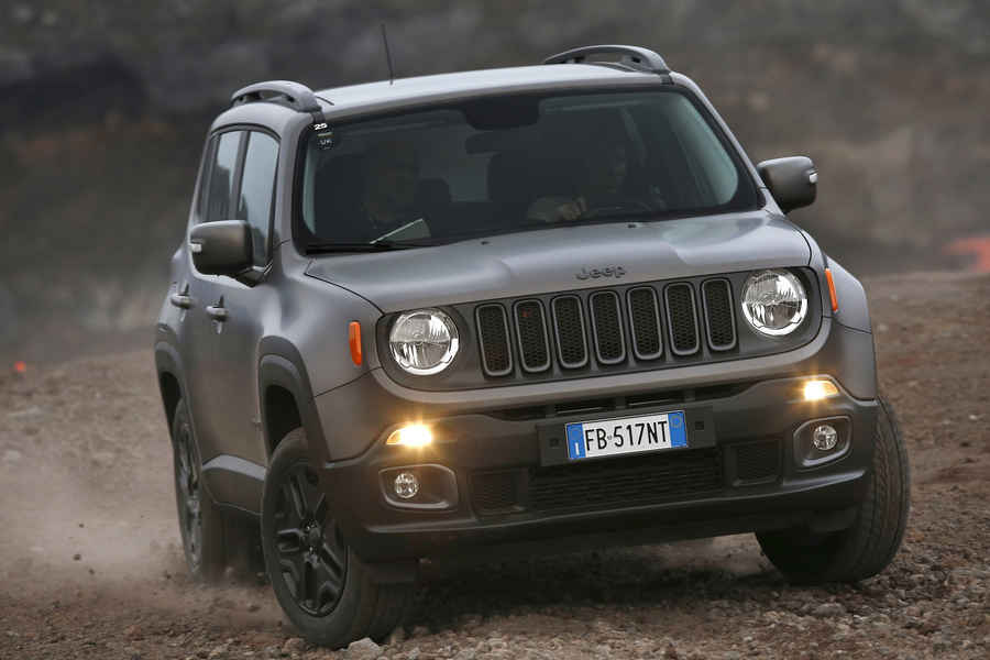 serie-speciale-jeep-renegade-night-eagle-2