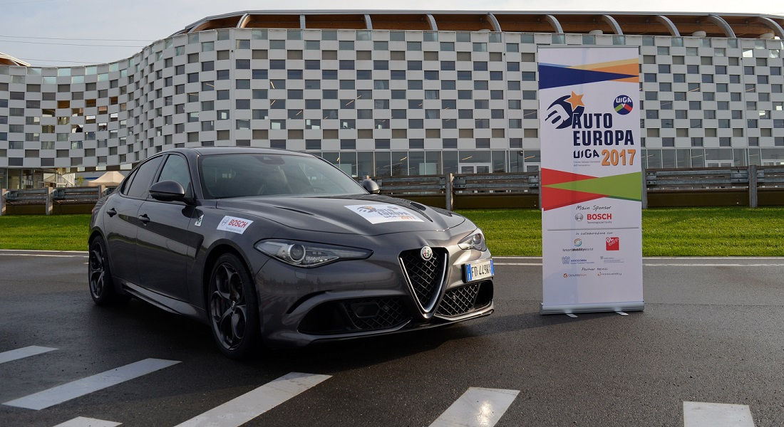 Photo of Alfa Romeo Giulia È Auto Europa 2017