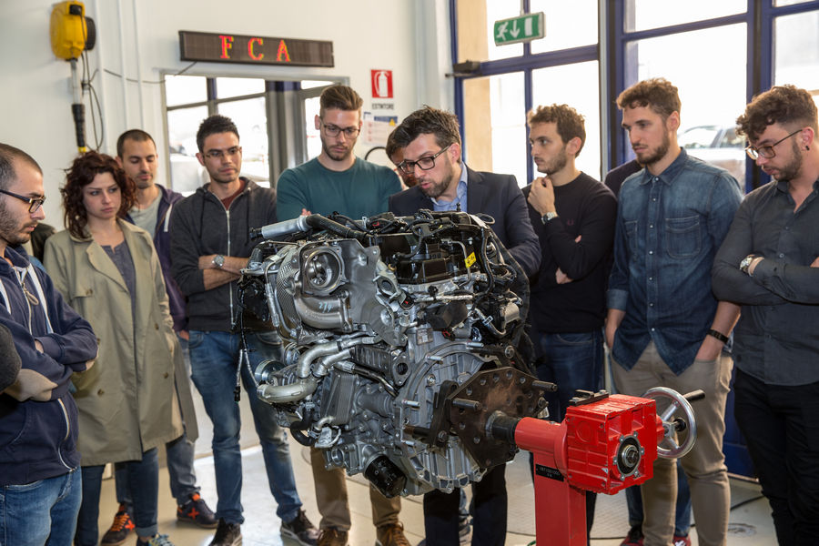 Photo of Alfa Romeo Seminario Motori Università Roma Tre