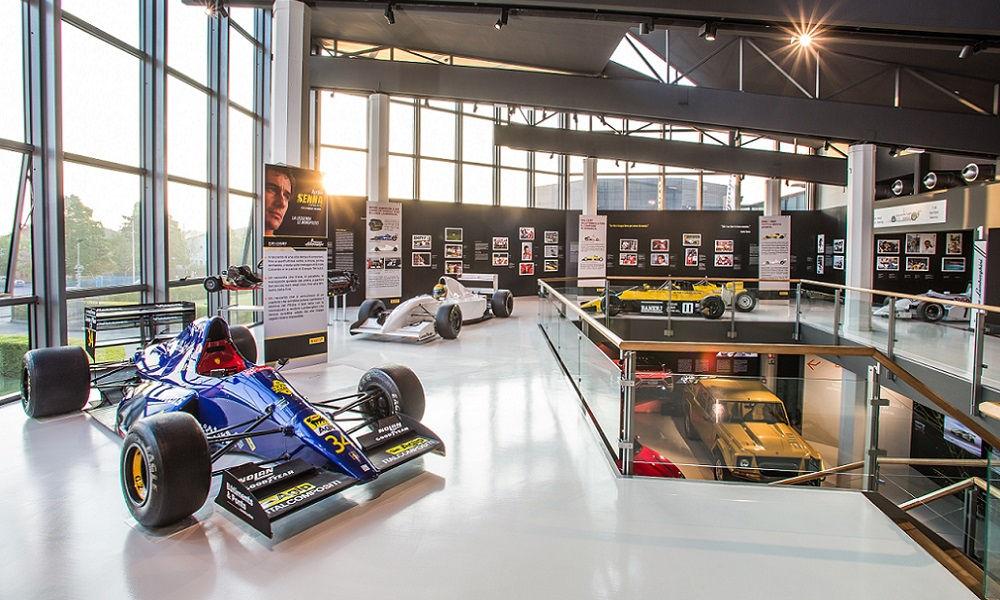 Photo of Mostra Ayrton Senna Museo Lamborghini
