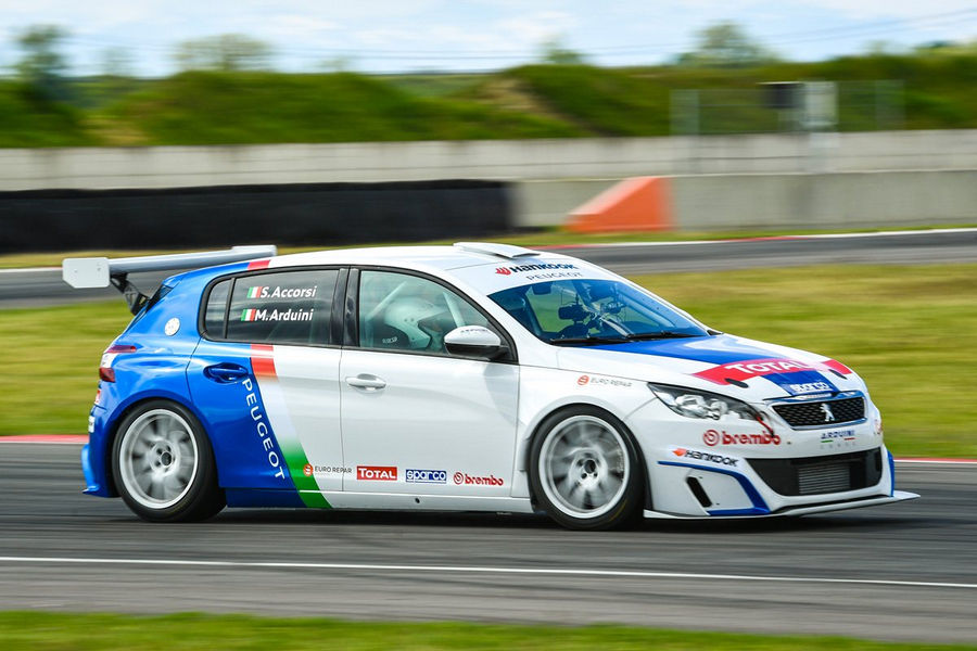 Peugeot-308-Racing-Cup-Stefano-Accorsi-14