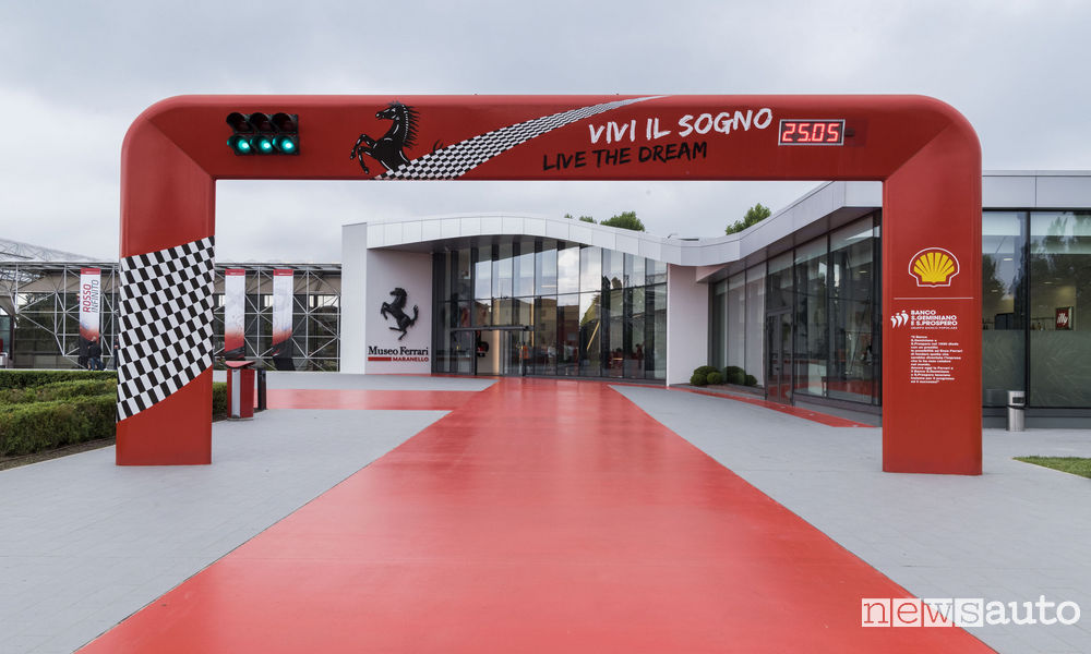 Ianugurazione mostra del Design Museo Ferrai Maranello 25/05/2017