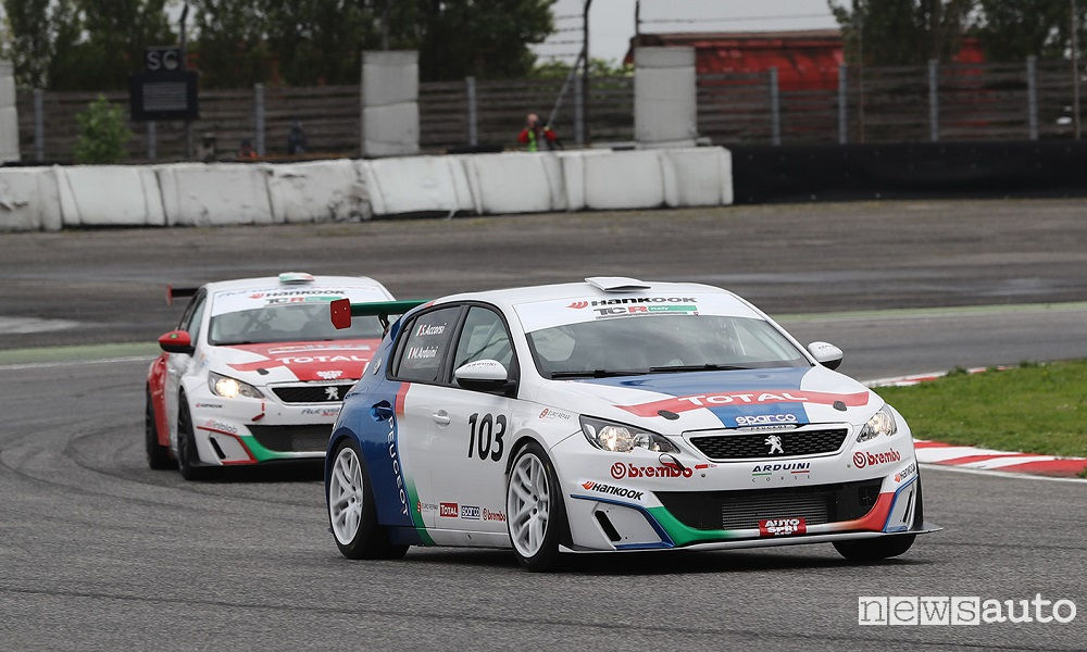 Photo of Accorsi Podio al Debutto Sulla Peugeot 308 Racing Cup