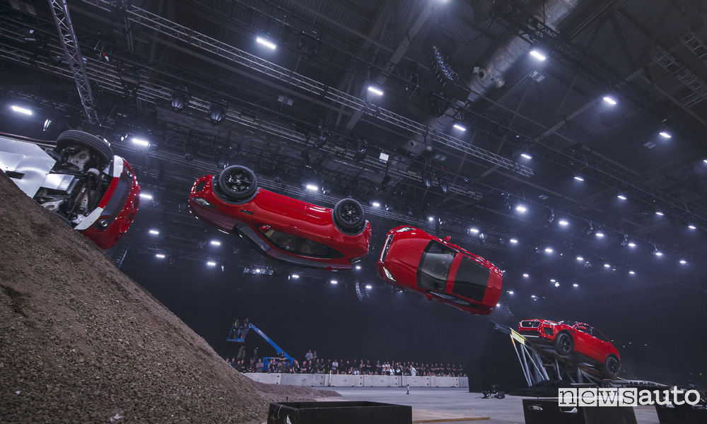 Photo of Foto Guinness World Record Jaguar E-Pace