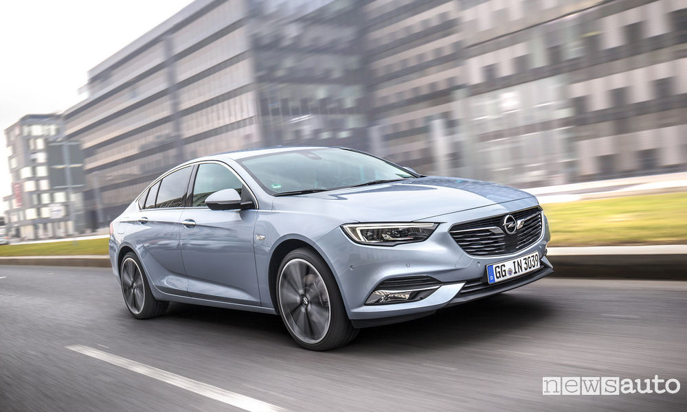 Photo of Le foto della Nuova Opel Insignia Grand Sport