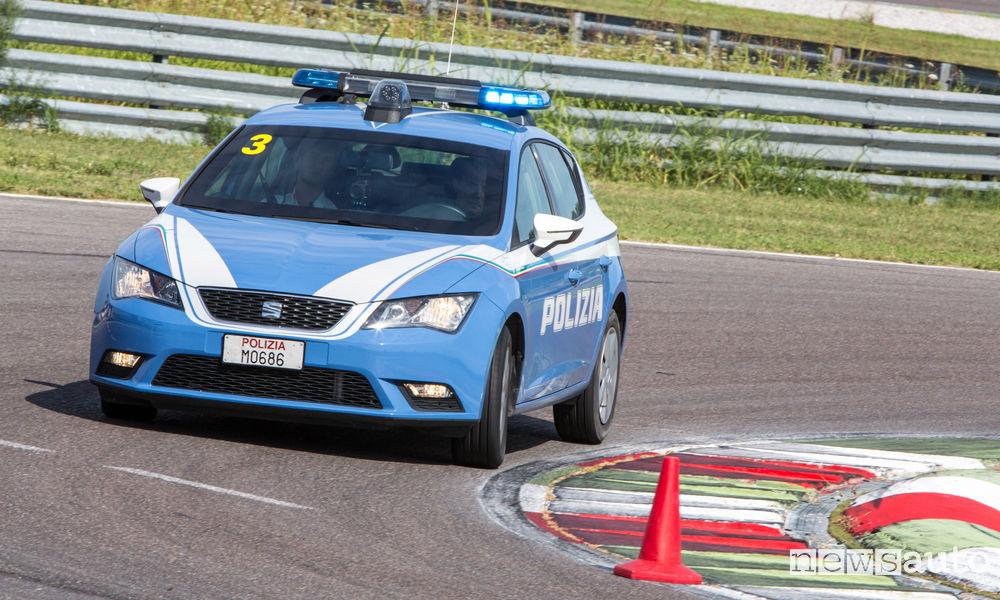Photo of Le foto delle Seat Leon della Polizia sul circuito di Franciacorta