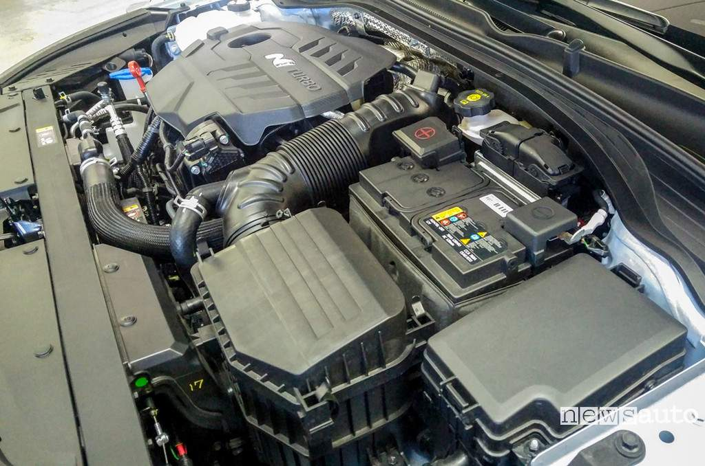 Hyundai i30 N motore 2.0 T-GDI da 275 CV