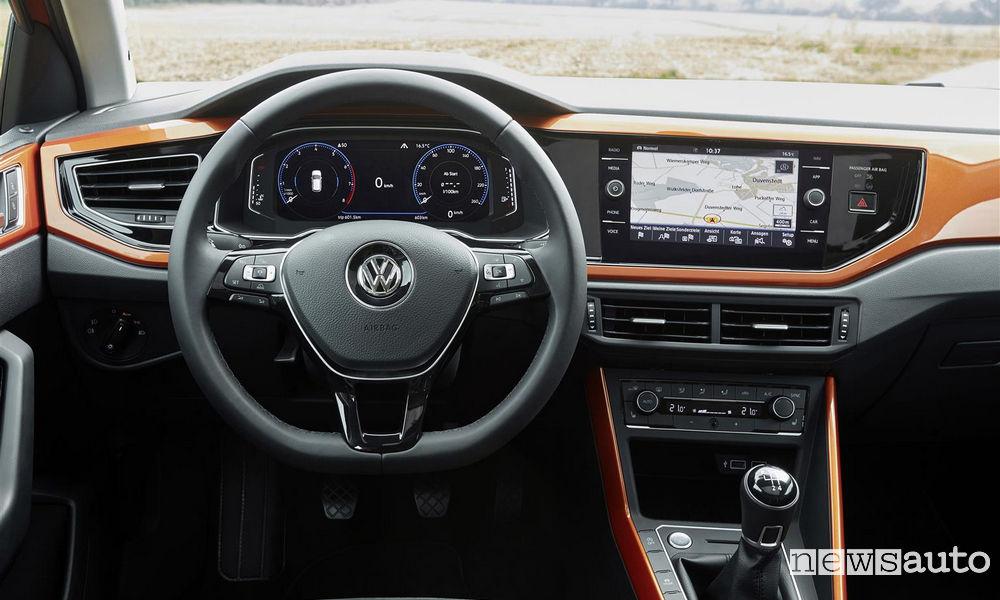 Volante, interni Volkswagen Polo