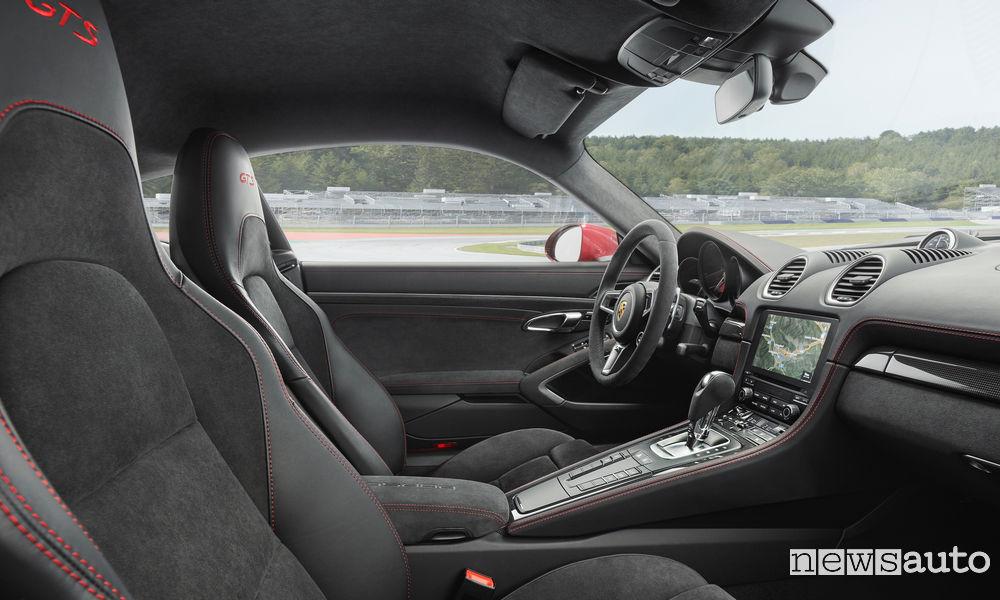 Porsche 718 GTS Boxster