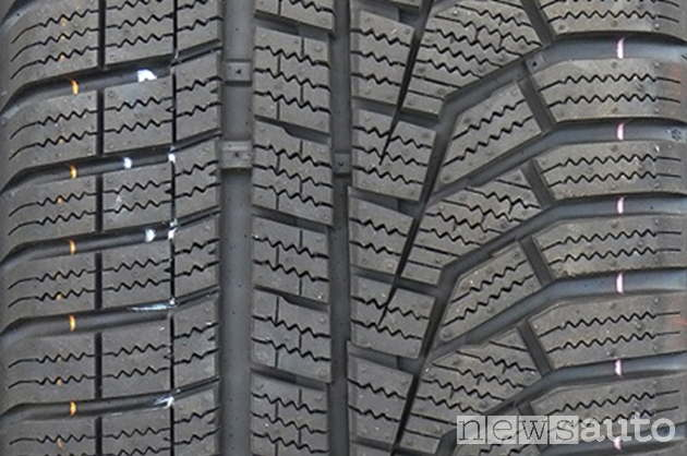 Hankook Winter i'cept Evo2 W320
