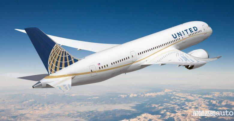 Viaggio nel tempo United Airlines Capodanno