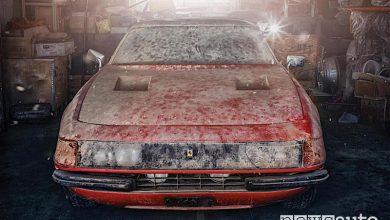 foto auto sportive abbandonate