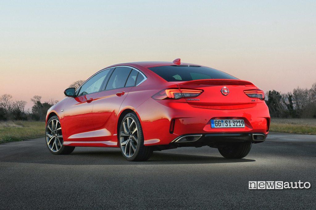Opel Insignia GSi esterni