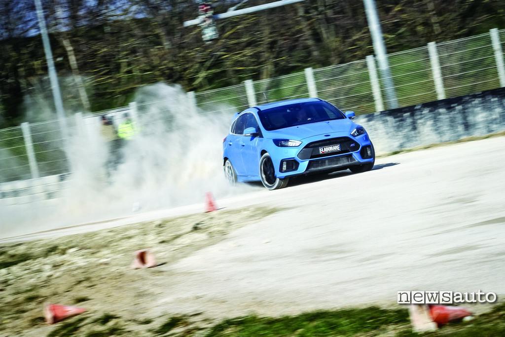 Ford Focus RS 350 CV la prova su terra