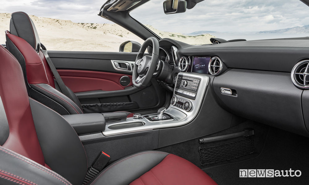 Auto cabrio 2018 Mercedes-Benz SLC