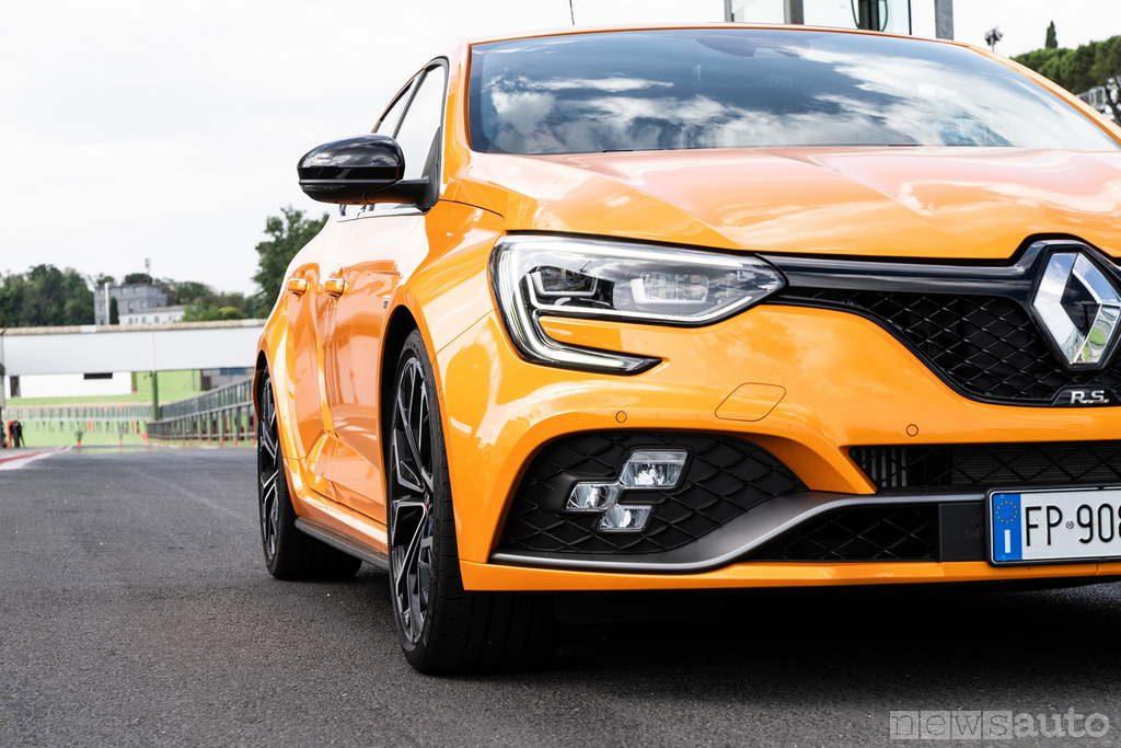 Gruppo fari anteriori LED Renault_Megane_RS-2018 (7)