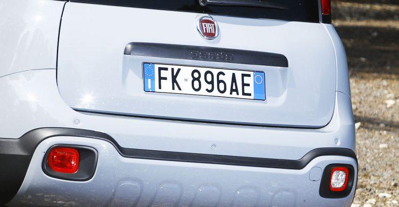 targa auto panda FK caratteristiche veicolo auto