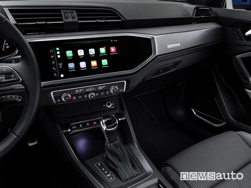 Nuova Audi_Q3 2019 AppleCar Play