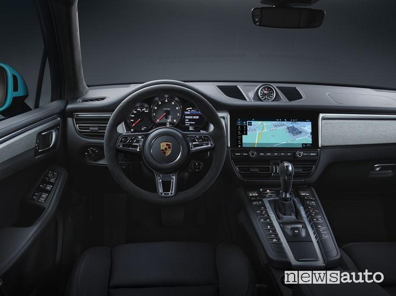 Nuova Porsche Macan abitacolo
