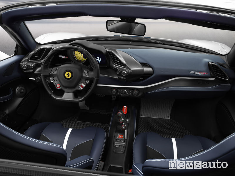 Ferrari_488 Spider Pista 2019, abitacolo