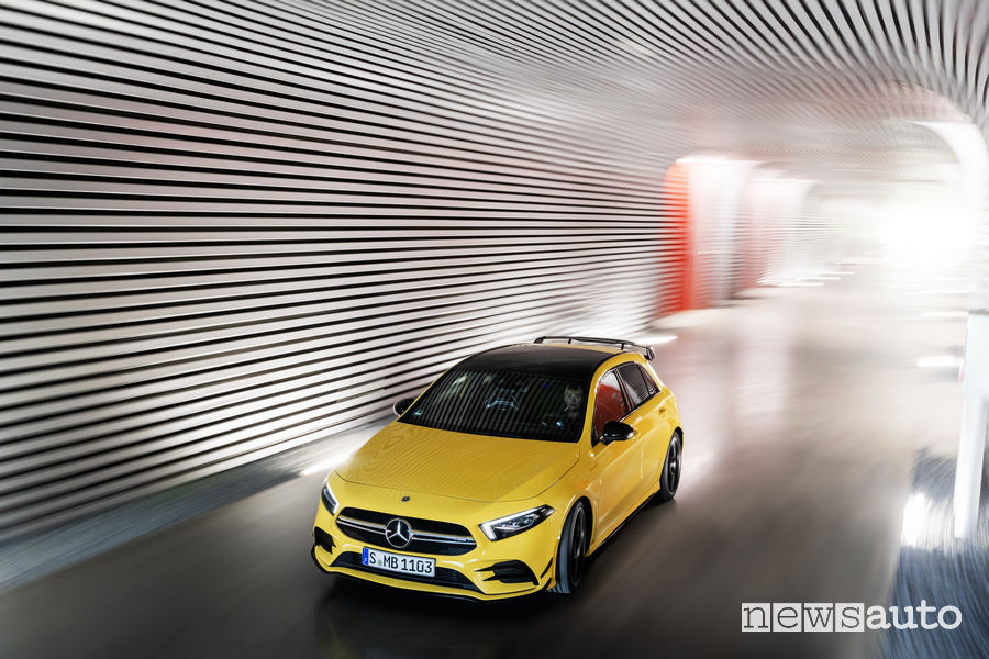 Mercedes-AMG A 35 4MATIC, vista frontale