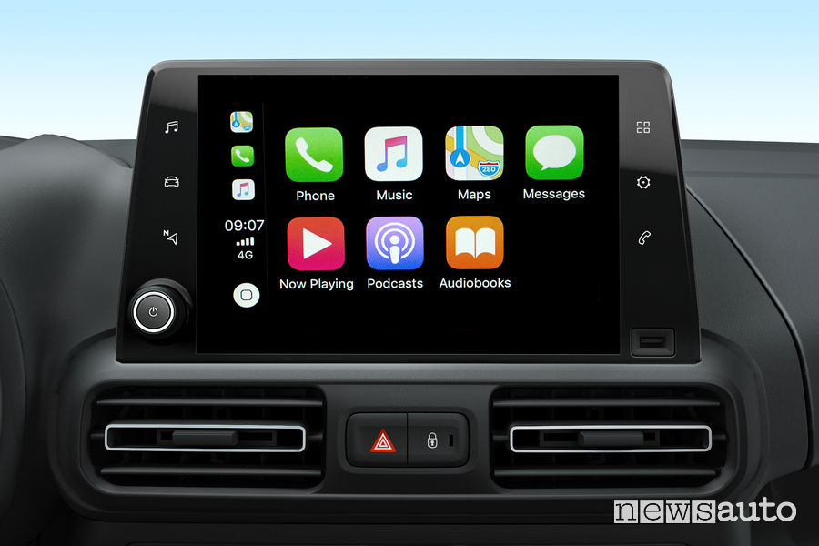 Opel_Combo Life 2019, Apple Car Play