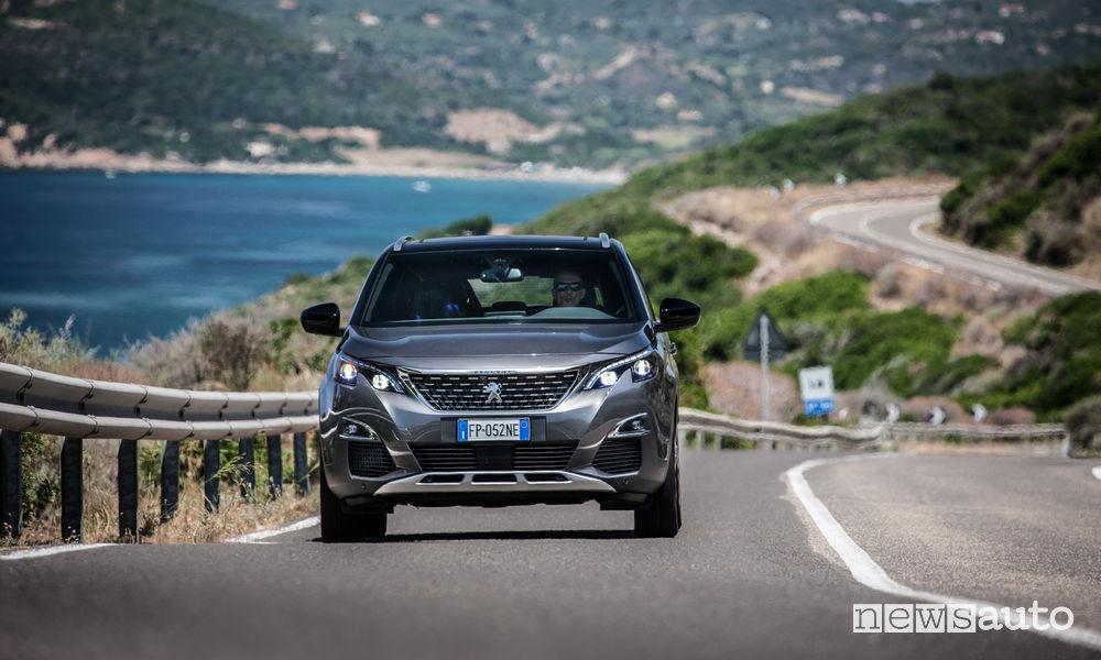 Peugeot_3008 in Sardegna, vista frontale