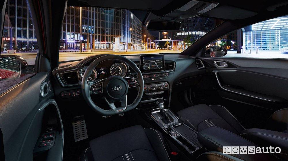 Kia Proceed 2019, abitacolo