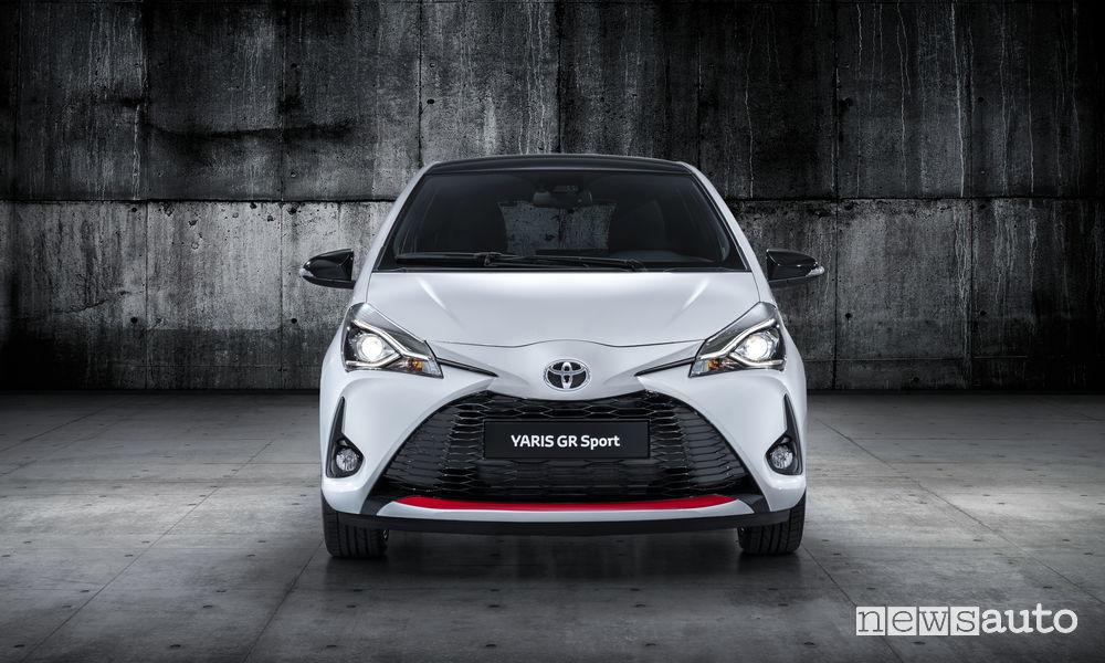 Toyota Yaris GR Sport, frontale