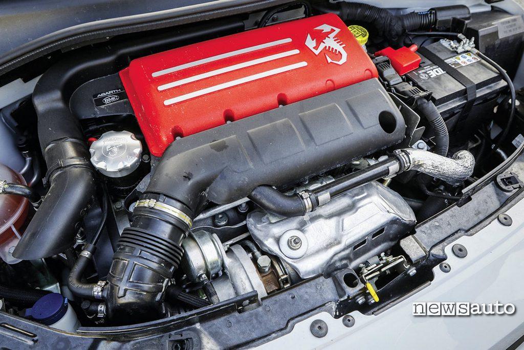 Abarth 595 Competizione motore