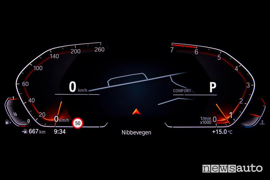 BMW_Serie 3 Berlina 2019, quadro strumenti digitale