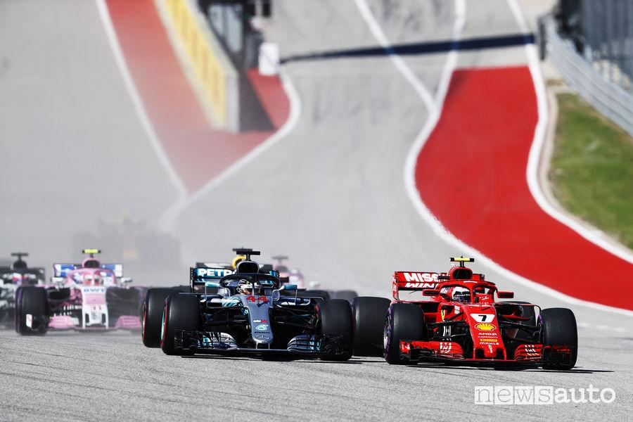 F1 2018 Gp Stati Uniti, Partenza Vettel (Ferrari) supera Hamilton (Mercedes-AMG)