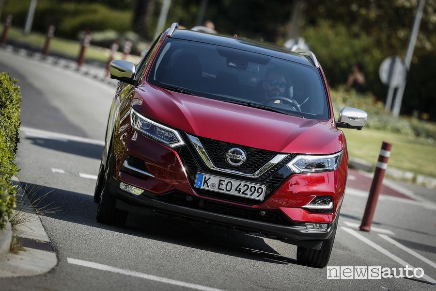 Nissan_Qashqai 2019 rosso, vista frontale
