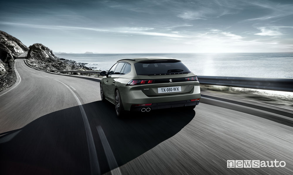 Peugeot_508 SW First Edition, vista posteriore