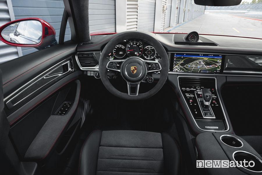 Porsche_Panamera GTS Sport Turismo, plancia strumenti