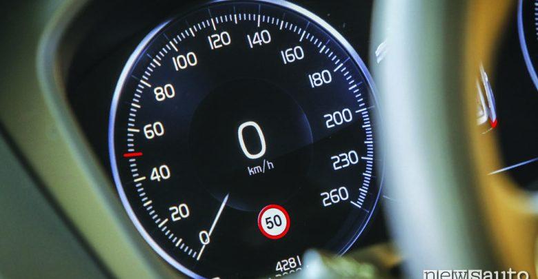 Volvo Velocità autolimitata a 180 km/h