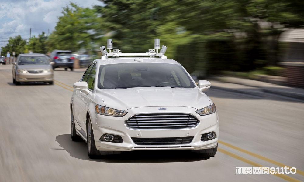 Ford Mondeo a guida autonoma