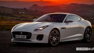 Photo of Jaguar F-Type Chequered Flag Limited Edition, edizione speciale!