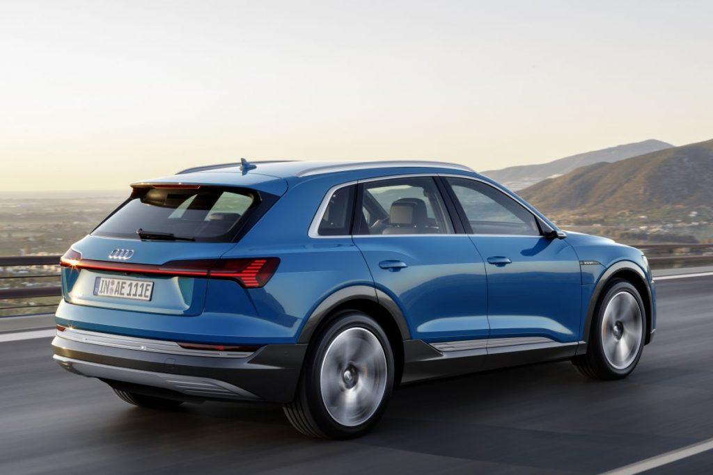 Audi e-Tron auto elettrica sportiva