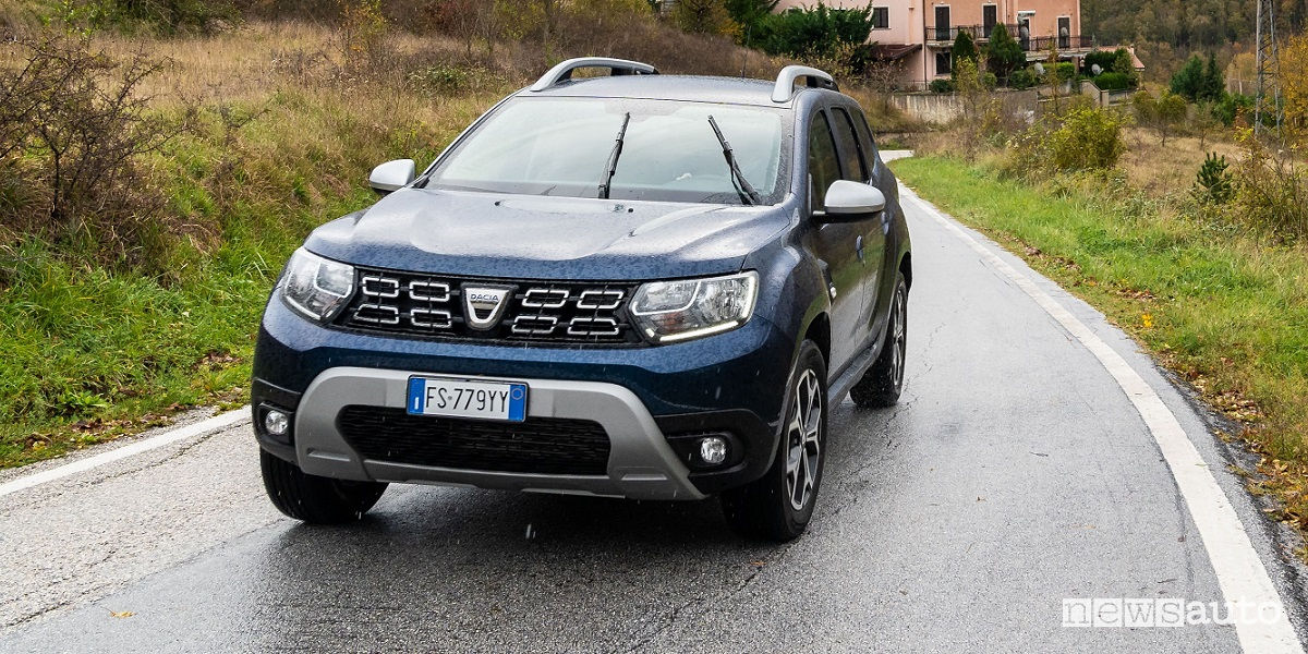 dacia duster gpl 2019 prezzo economico suv bi fuel. Black Bedroom Furniture Sets. Home Design Ideas