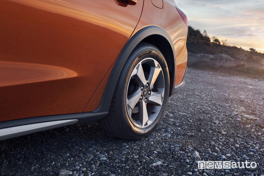 Ford Focus Active Wagon, cerchi in lega