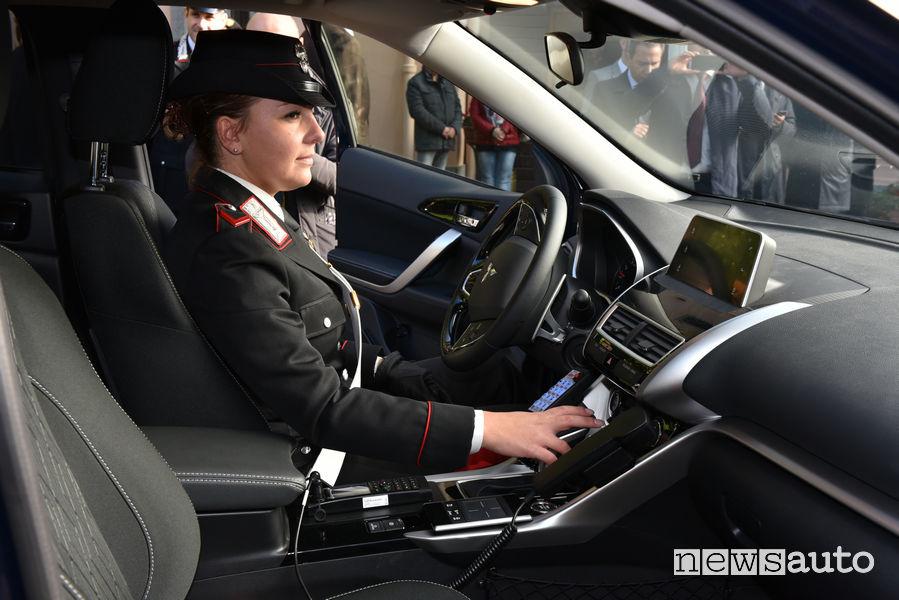 Mitsubishi_Eclipse_Cross Carabinieri, abitacolo