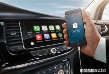 Apple CarPlay e Android Auto Opel
