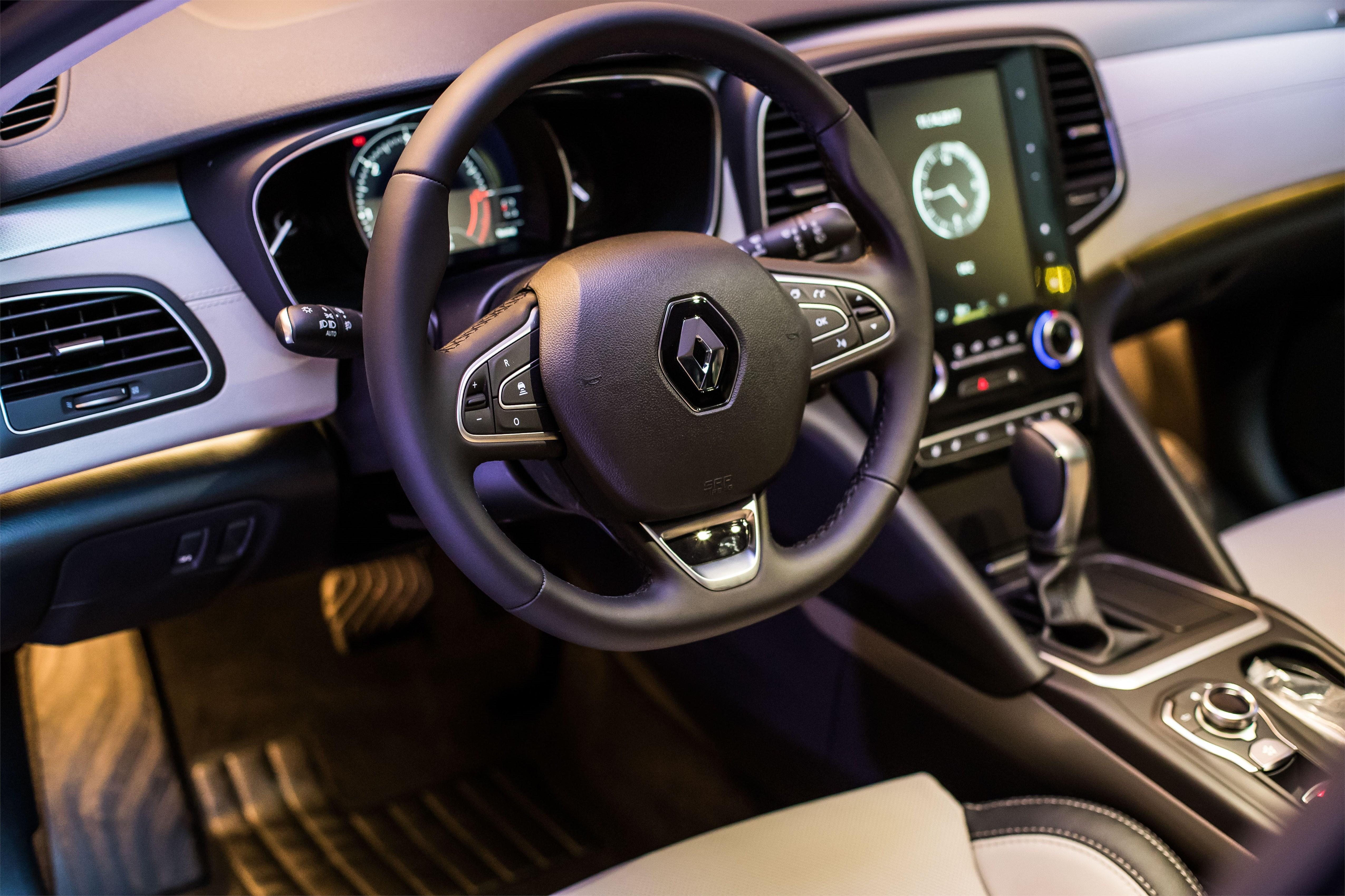 Abitacolo Renault Talisman
