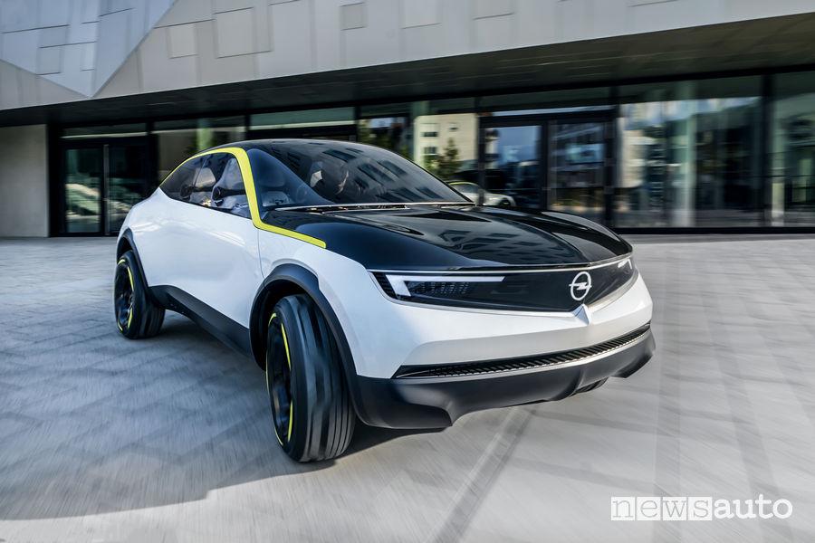 Opel GT X Experimantal, vista di profilo