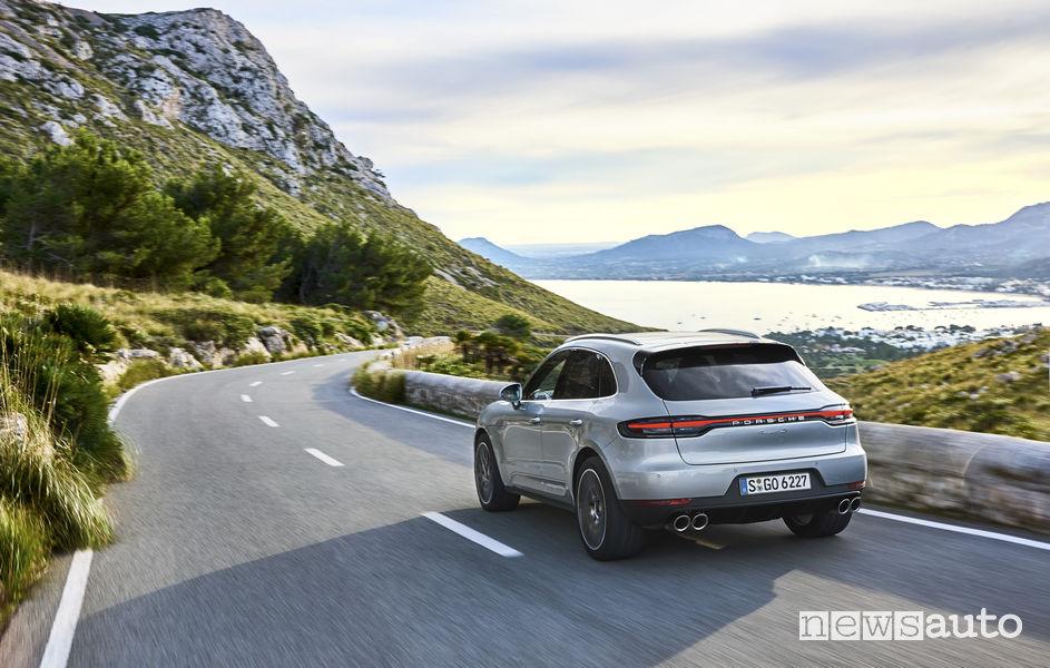 Porsche_Macan S 2019, vista posteriore