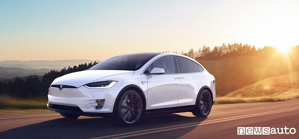 10 auto elettriche più vendute in Italia Tesla Model X